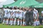 【J SPORTS】円陣を組む大東文化コーチ陣と選手たち.jpg